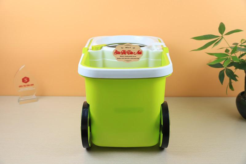 Chất liệu bằng nhựa cho độ đàn hồi cao, hạn chế bị vỡ thùng