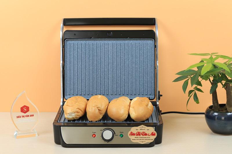 Máy ép thoải mái với 4 chiếc bánh mỳ cùng lúc