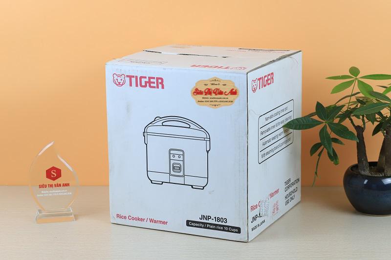 Vỏ hộp củaNồi cơm điện Tiger JNP-1803